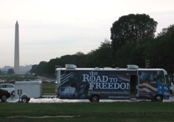 Road_to_freedom_bus_with_washingt_2